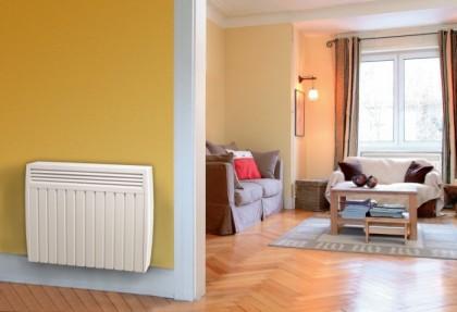 radiateur à inertie Aterno dans un couloir et un salon