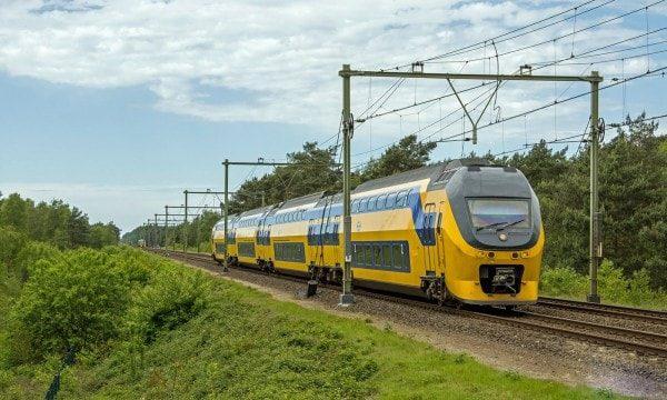 train neerlandais